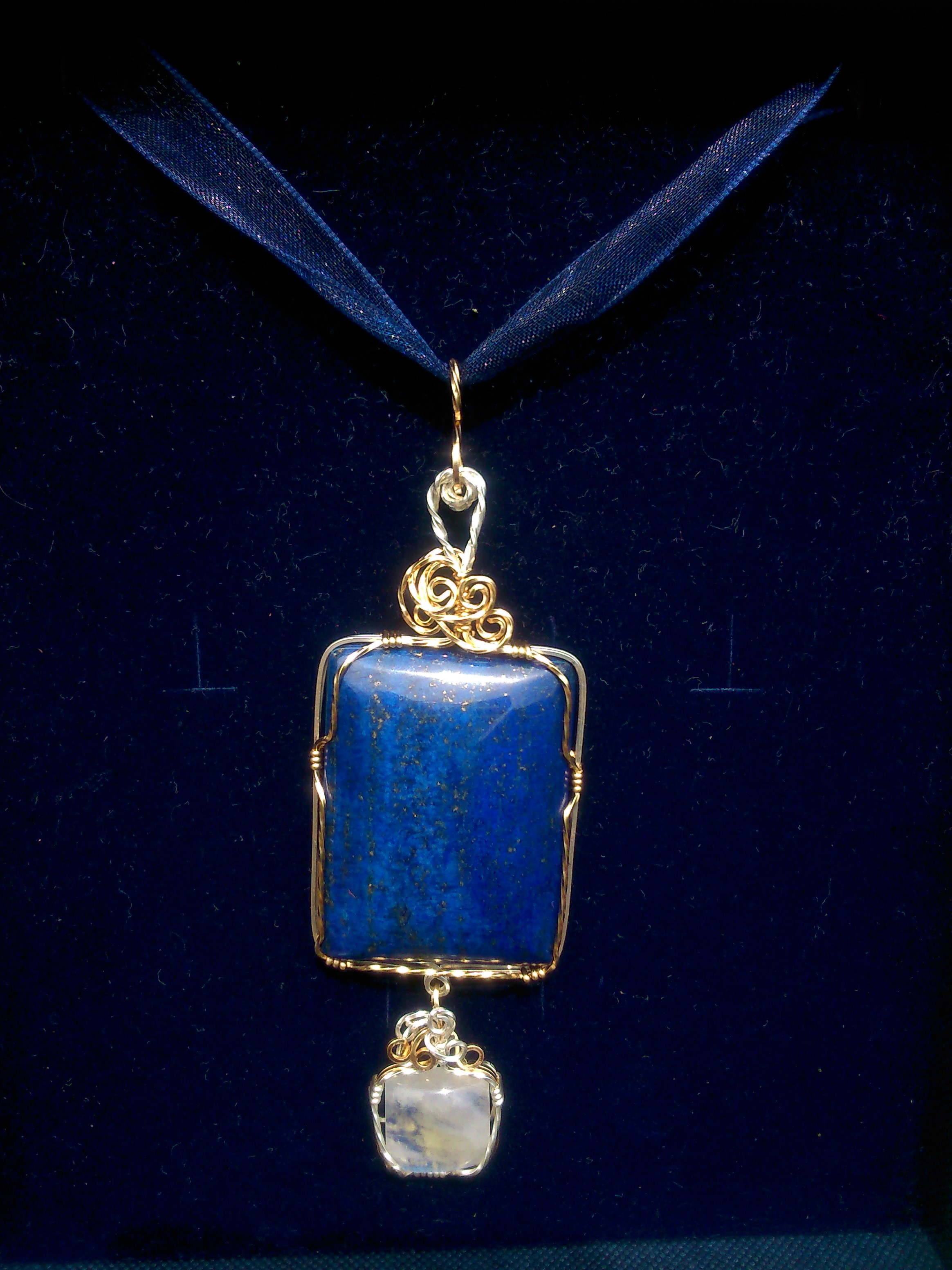 image showing Lapis Lazuli and Moonstone necklace.